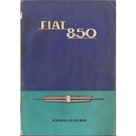 Fiat 850 Instructieboekje   Benzine Fabrikant 66 met gebruikssporen lichte vochtschade  Nederlands
