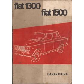 Fiat 1300/1500 Instructieboekje   Benzine Fabrikant 61 met gebruikssporen vochtschade  Nederlands