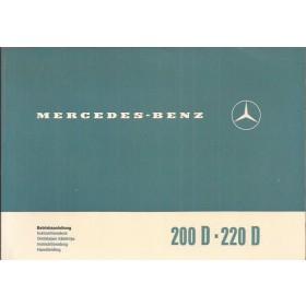 Mercedes-Benz 200D/220D Instructieboekje   Diesel Fabrikant 71 ongebruikt in originele map  Nederlands